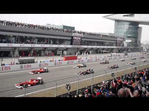 2011  SHANGHAI F1 Racing start
