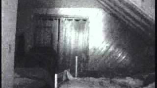 Real scary Ghost under the Blanket (USA)