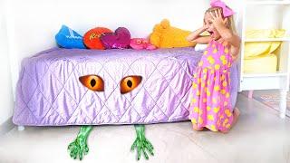 Алиса и детская история  на ночь про монстра под кроватью