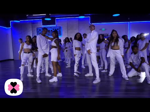 ROSALÍA & Travis Scott – TKN (Choreography Video)