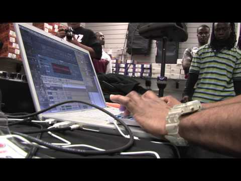 Music Producer DJ Toomp (JayZ, Kanye West) How to make a HOT beat in 3 minutes w/Reason! PT. 1/5