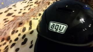 Обзор шлема agv k 3 sv(Муж снял обзор своего шлема., 2015-01-11T15:24:50.000Z)