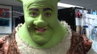 Shrek Gives a Shout-out to Sioux City, Iowa