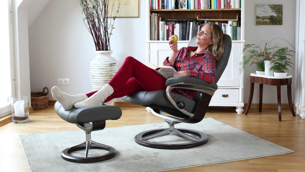 Stressless sessel consul signature gestell mit hocker for Stressless sessel modelle