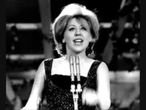 Betty Curtis - La pioggia cadrà (Le jour où la pluie viendra)