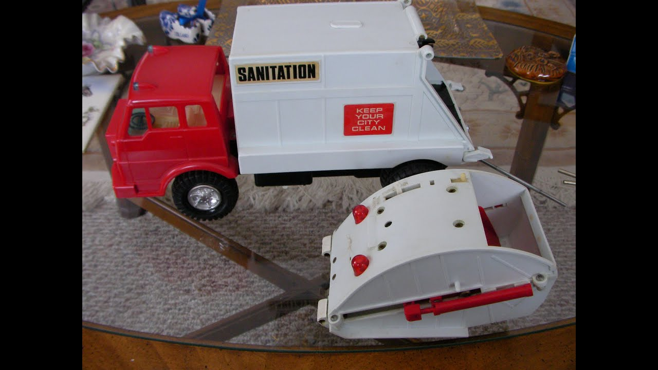 Child Guidance Loadmaster Sanitation Garbage Truck 2 Youtube