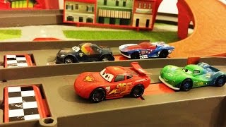 DISNEY CARS vs HOT WHEELS Racing Lightning Mcqueen Diecast Pixar Cars 2 Collection