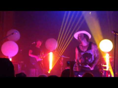 """No Love"" - American Authors NEW SONG LIVE at The Troubadour - West Hollywood, CA 3/29/16"