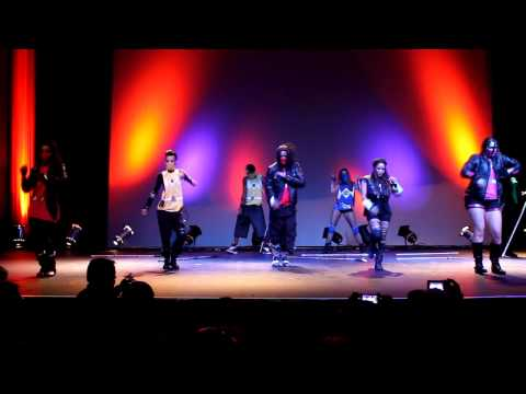Airheadz Dance Crew Halloween 2012 @move To Groove