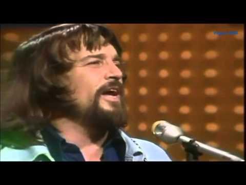 """Waylon Jennings... """"Rainy Day Woman""""(VIDEO)"""