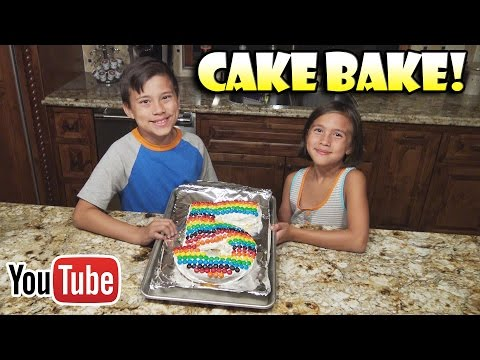 EPIC CAKE BAKE!!! 5 Year YouTube Anniversary! Yummy Rainbow M&M Cake!