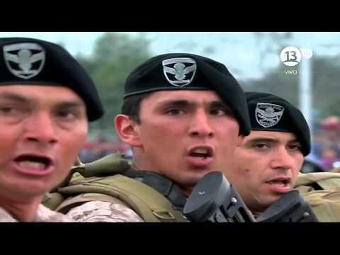 Gran Parada Militar 2015 Chile - Brigada de Operaciones Especiales Lautaro - Los Viejos Estandartes
