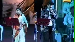 Gambar cover dil to pagal hai - lata mangeshkar and udit narayan