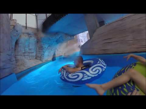 Aquapark w Redzie - Oko w Oko z Rekinami