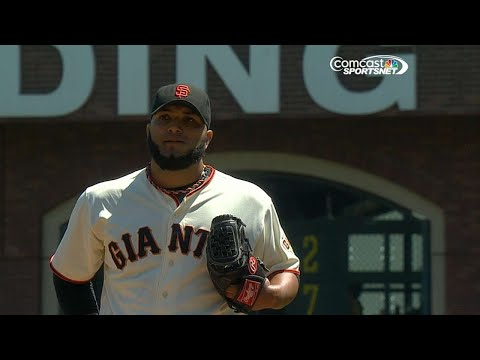 Giants' Petit retires 46 straight to set MLB record