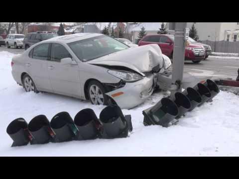 Car vs. Pole Crash Arlington Heights Rd and Hintz Rd