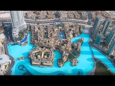 Burj Khalifa Tour and View - Dubai VLOG 25