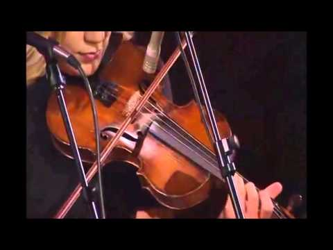 Alison Krauss and Union Station - The Lucky One (Live)