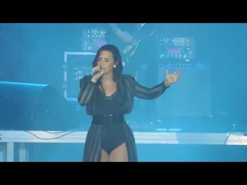Demi Lovato - Kingdom Come (ZFestival 10/12/2016)