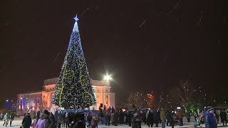 В Саранске зажгли главную   новогоднюю Ёлку