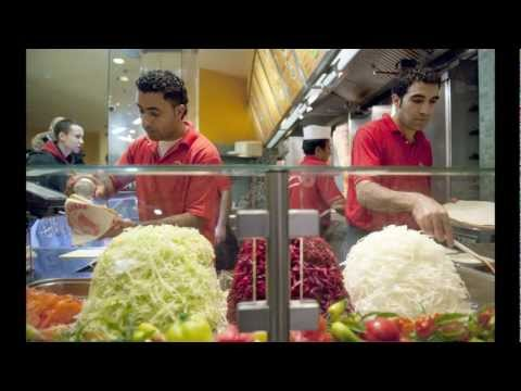 Multimedia - Turkish doner kebab wins Germany's hearts... and stomachs