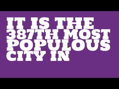 How does the population of Lakewood, CA compare to Manhattan?