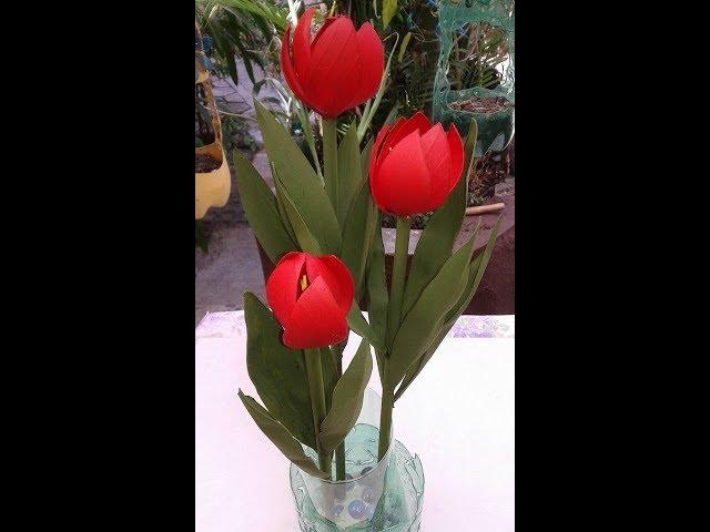 Flor de Tulipa em garrafa PET