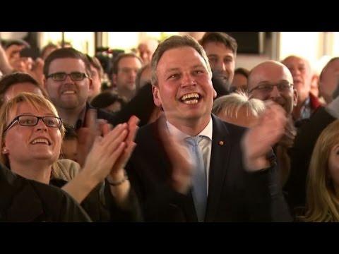 Merkel fortalecida por victoria en elección regional