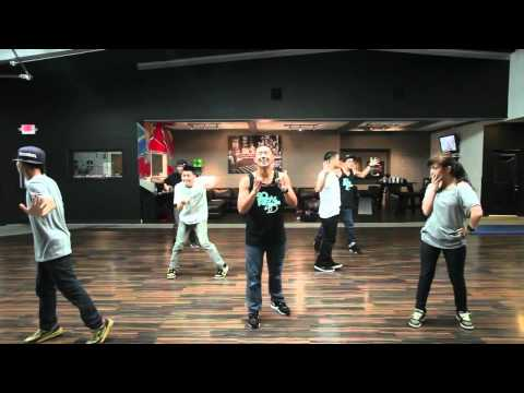 best group dance ever with 1080p......