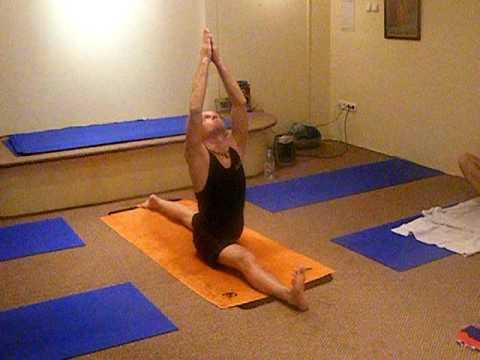ashtanga yoga hanumanasana practicegauranga das  youtube