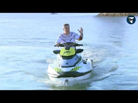 Бердымухамедов на гидроцикле осмотрел озеро, где построят зону отдыха