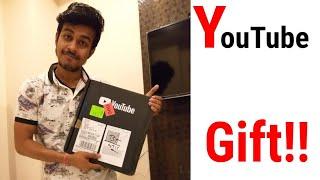 কি পেলাম বাক্সের ভেতর ? YouTube Creator Award