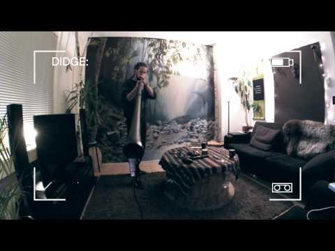 Carbony Super Boom Didgeridoo Low - by Daphyd Sens