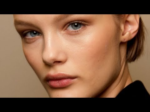 KRIS GRIKAITE Model 2018 - Fashion Channel