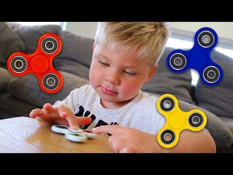 ADDICTING NEW FIDGET SPINNER TOYS!
