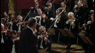 "W.A.Mozart - Sinfonía No41 en Do Mayor ""Júpiter"", K551 (Mov1 & 4)"