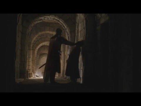 Game of Thrones 6x02 - Robert Strong kills the drunk man