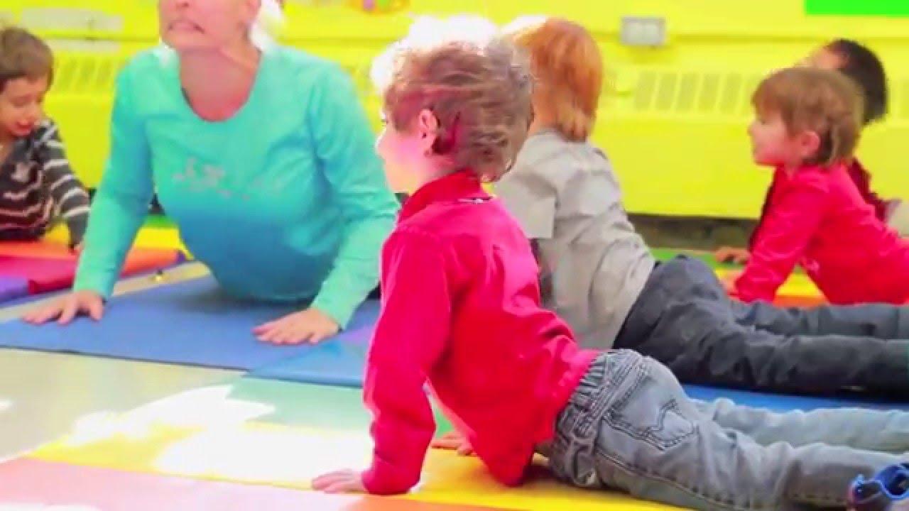 cours de yoga pour le tout petits 18 mois 5 ans avec langmobile youtube. Black Bedroom Furniture Sets. Home Design Ideas
