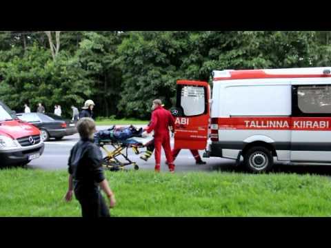 Car crash in Tallinn,Mustamäe street HD 16.07.2012 Avarii Tallinnas,Mustamäe teel.