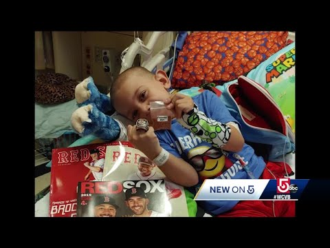 The Sports Feed - #GoodNews: Young Boy Stuck In Hospital For Xmas Wants Holiday Cards
