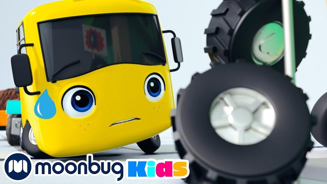 Busters neue Reifen | Kinderlieder und Cartoons | Go Buster | Moonbug Kids Deutsch