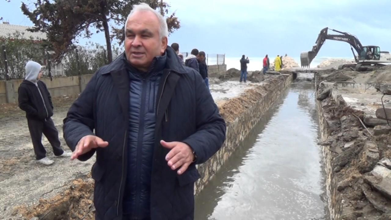 Erdemli'de Belediye Sel Önlemlerini Aldı