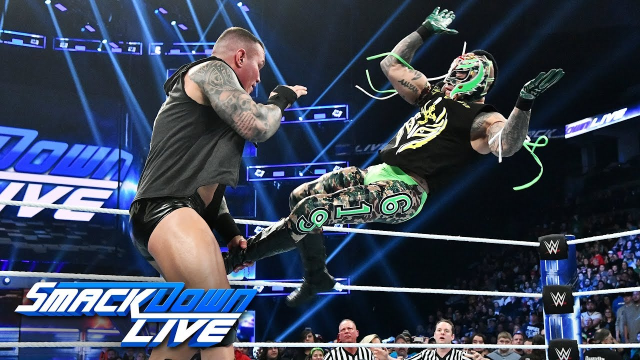 Randy Orton attacks an injured Rey Mysterio: SmackDown LIVE, Nov. 27, 2018