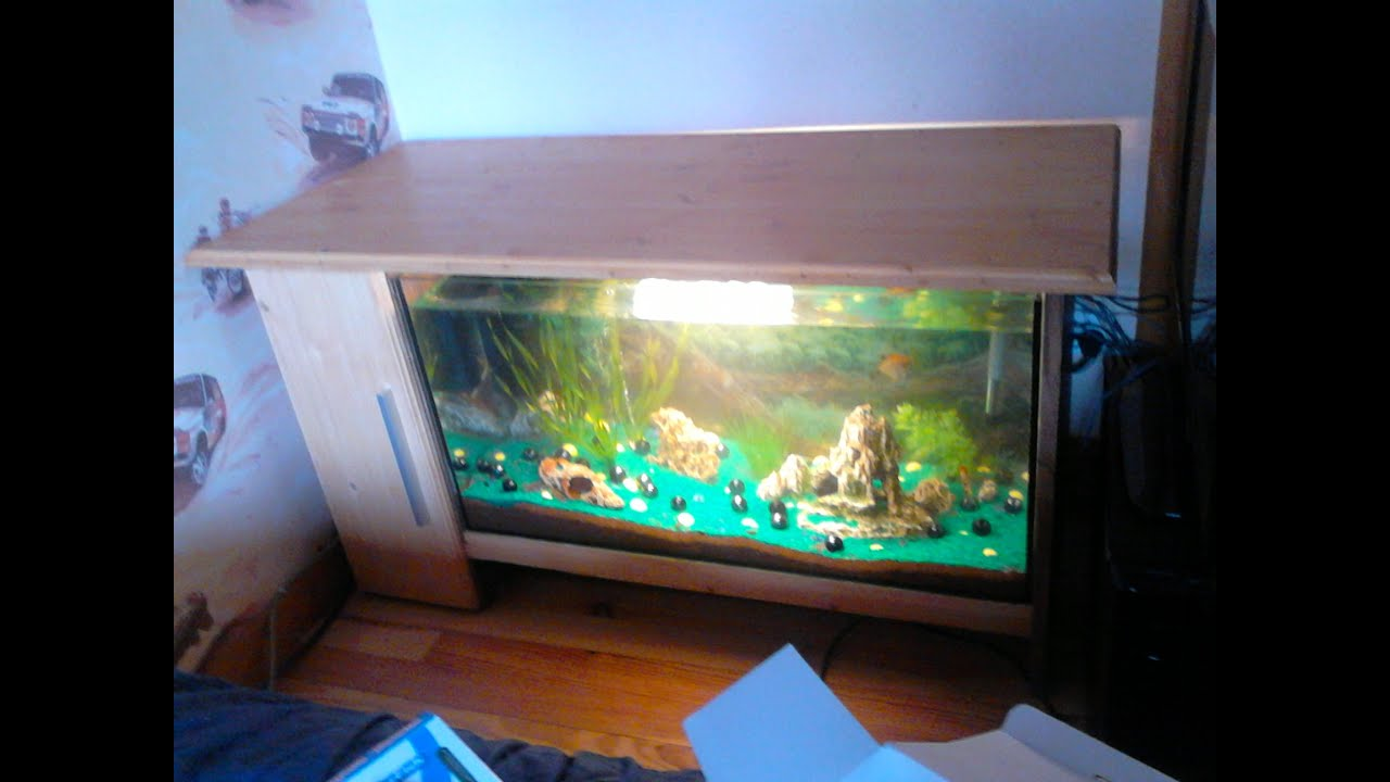 Fabrication meuble tv aquarium youtube for Aquarium meuble tv