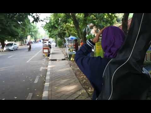 UTS- COVER Video Clip Lupa Lupa Ingat - Kuburan Band
