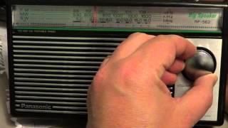 Tuning the Shortwave spectrum on Panasonic RF 562D