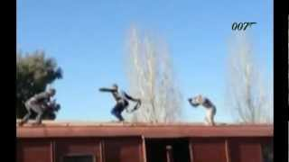 SKYFALL 007 James Bond - Making of Fight Scene On Top Of Train