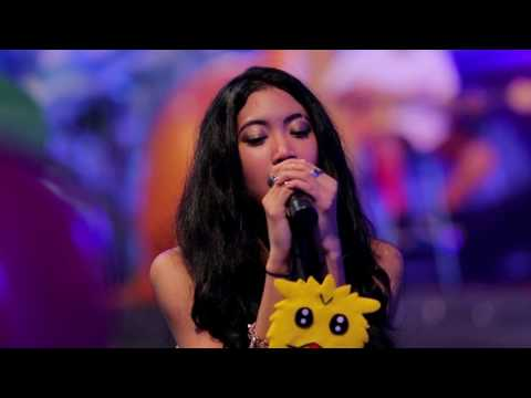 Vierratale - Cinta Butuh Waktu (Live at Music Everywhere) **