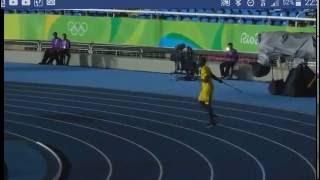 Vidéo : Usain Bolt, lanceur de javelot !!
