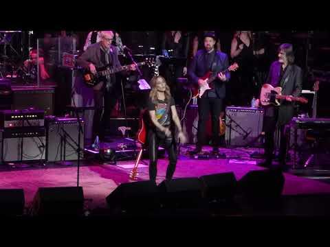 Love Rocks Ft Sheryl Crow & Doyle Bramhall - Everyday Is A Winding Road 3-7-19 Beacon Theatre, NYC